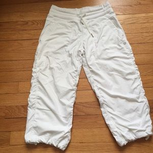 LULULEMON CROPPED LINED WHITE PANTS